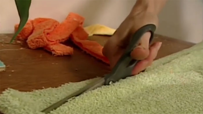 How To Make A Recycled Bath Towel Rug Useful Tips For All